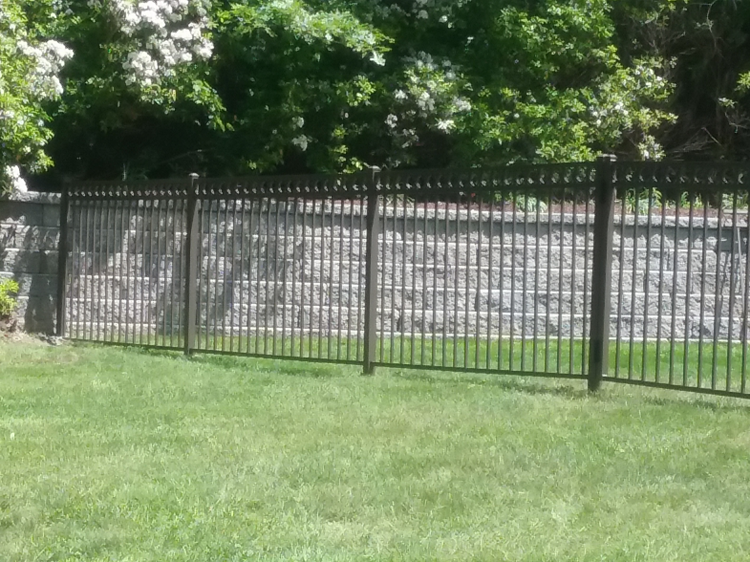 Reasons to Fence Your Commercial Buildings - Fence It In